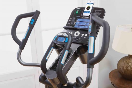 Consola Life Fitness E5 Track+